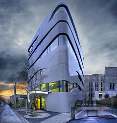 Science Center Medizintechnik Otto Bock Healthcare (Berlin) (dleiva) Tags: berlin architecture germany calle arquitectura europa europe center science amanecer otto alemania crepusculo healthcare domingo bock leiva berln judio oranienburger medizintechnik strae dleiva