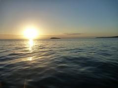 27 Jan 12 Freycinet Twlight sea kayak paddle (9) (800x600) (Freycinet Adventures) Tags: sunset adventure kayaking tasmania tours seakayaking freycinet