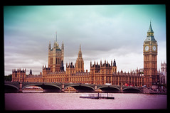 As guas do Tmisa - Londres (fhmolina) Tags: england london rio thames river big ben parliament bigben londres parlamento tamisa tmisa