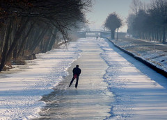 The Skater (on Explore 6 febr. 2012) (Noorderland) Tags: winter ice netherlands lumix nederland explore skater soe friesland ijs iis frysln theworldwelivein schaatser bej kollum tz7 flickraward trekvaart theunforgettablepictures noorderland zs3 redmatrix bestcapturesaoi magicunicornverybest magicunicornmasterpiece panasoniclumixtz7zs3 elitegalleryaoi flickraward5