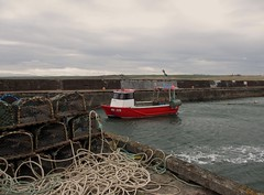 port erroll (dav_min) Tags: new uk red sea fish cold clouds canon scotland boat photo fishing flickr aberdeenshire little harbour north rope aberdeen northsea gb catch today lobsterpots littleboat 2013 ne225 crudenbaymay2013 porteroll
