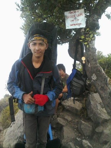 "Pengembaraan Sakuntala ank 26 Merbabu & Merapi 2014 • <a style=""font-size:0.8em;"" href=""http://www.flickr.com/photos/24767572@N00/27094590011/"" target=""_blank"">View on Flickr</a>"