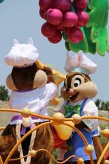 Hippity-Hoppity Springtime (sidonald) Tags: tokyo disney parade chip tokyodisneyland tdl  chipndale tdr tokyodisneyresort     hippityhoppityspringtime disneyseaster2016