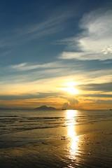 IMG_9135 -  Lung Kwu Tan (Mak_Ho) Tags:  lungkwutan  tuenmun  hongkong  sunset  sunsetclouds  cloud  magichour  sea  wave  tides  scenicphoto  scenicsites  landscape  photography  canon 700d hongkonglandscape