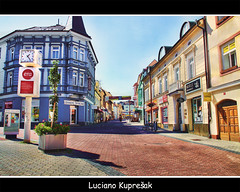 Hlavn Tda Kladno (Luciano Kupreak) Tags: city light building art love colors modern niceshot magic explore dreams czechrepublic adventures hdr luciano cechy mesto ceska 2011 cesko kladno explored hlavni trida canoneos50d canon50d kupresak