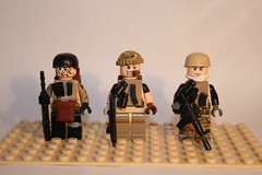 SAF. Special Assigenment Force (kenneth nielsen a.k.a Qenhyt) Tags: soldier army force lego special minifig custom weapons saf brickarms assigenment cmoflage