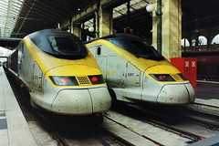 3206 and 3107 Eurostars at Paris Nord 26-04-07 (Tin Wis Vin) Tags: paris france eurostar railways locos