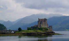 Eilean Donan Castle, Lochalsh, Scotland (conner395) Tags: castle scotland ross highlands alba scottish escocia highland scotia fortress szkocja caledonia eileandonan conner schottland westerross schotland ecosse kintail dornie scozia eileandonancastle skottland scottishcastles rossshire skotlanti skotland castlescotland    kartpostal scotlandcastle scottishcastle highlandcastle  daveconner conner395  castlesofscotland davidconner daveconnerinverness daveconnerinvernessscotland scottishcastlepic scottishcastlephotograph castlescots scottishhighlandcastle  castlesinthehighlandsofscotland castlephotograph