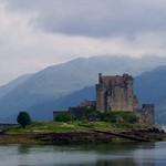 Eilean Donan Castle, Lochalsh, Scotland thumbnail