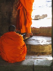 Monk in the shade (rpiker101) Tags: orange temple ancient asia cambodia buddhist angkorwat monks angkorthom sgade