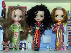 Kimono, Kimono and Kimono (Bruno's dollhouse) Tags: diy kimono blythe petshop custo picnik dollhouse lolasample veryvicky nickylad