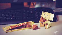 *nom nom nom* (nathij) Tags: love toys 50mm amazon nikon chocolate f14 cream mini um alive maldives toblerone cls d300 danbo afnikkor50mmf14d strobist kulhudhuffushi uniquemaldives danboard nathij giftfrommylovelywife
