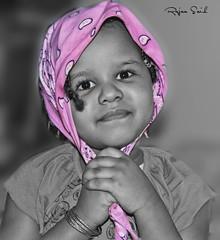 ابتسامة طفله .~ (Rajaa Said ♥ رجاء سعيد) Tags: ابتسامه طفلة ريما عزل عفويه