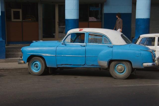 car havana cuba bluecar