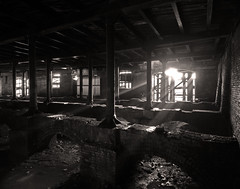 The final light show (Craig Hannah) Tags: building dangerous decay empty bricks ruin railway demolition historic lancashire warehouse week1 oldham derelict demolished alexandrapark grade2 parkroad englishheritage greatermanchester railwaywarehouse cleggstreet oldhamcouncil