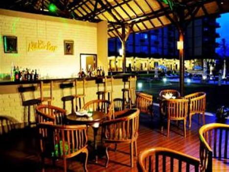 Nick's Bar, The Jayakarta Suites Komodo-Flores Hotel