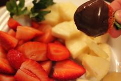 32/366 (isapisa) Tags: chocolate strawberries pineapple fondue doha qatar