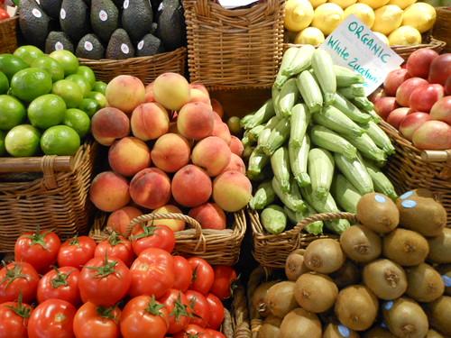 From flickr.com: Organic Fruit {MID-184914}