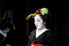 (Tamayura) Tags: japan nikon kyoto jan maiko geiko kansai d3 2012 miyagawacho 70200mmf28gvrii 201201051321411
