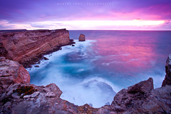 Sheringa, South Australia (Robert Lang Photography) Tags: ocean travel sea cliff color colour water vertical stone danger spectacular coast crazy rocks awesome australia nopeople cliffs limestone destination coastline awe excitement southaustralia inspiring clifftop robertlang shear eyrepeninsula sheringa