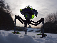 this thing I saw! how can I describe it? A monstrous tripod, higher than many houses. (Johnson Cameraface) Tags: winter snow lego tripod alien olympus scifi minifig february zuiko waroftheworlds 2012 hgwells zd 1442mm e620 alienconquest tripodinvader
