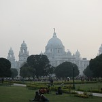 "Victoria Memorial <a style=""margin-left:10px; font-size:0.8em;"" href=""http://www.flickr.com/photos/14315427@N00/6829279139/"" target=""_blank"">@flickr</a>"