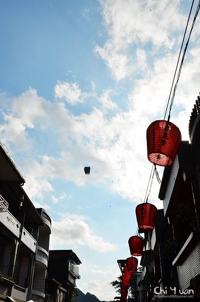 2012平溪天燈節-十分09.jpg