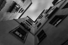 - Broken V Look UP III. - (Mr. LookUP) Tags: urban bw favorite architecture clouds buildings blackwhite movement wideangle lookup longtimeexposure longshutterspeed blackandwithe vlookup urbanexplore