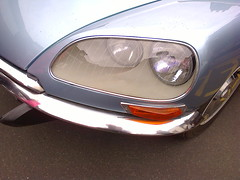 Citroën DS @ Stratford Festival Of Motoring. 1st May 2016 (ukdaykev) Tags: show classic car classiccar transport citroen ds may convertible citroën vehicle stratford stratforduponavon midlands ds21 motoring 2016 classictransport stratfordfestivalofmotoring xof295j