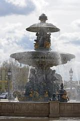 2016.04.14.042 PARIS - Place de la Concorde, fontaine des mers (alainmichot93) Tags: paris france statue seine architecture nikon ledefrance fontaine placedelaconcorde jetdeau 2016