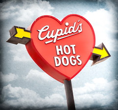 Cupid's Hotdog (Shakes The Clown) Tags: california red food signs texture typography lights restaurant hotdog flickr cloudy illumination signage signlanguage venturablvd texturelayer canon5dmarkii