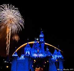 When You Wish Upon A Star...[Explore] (Ring of Fire Hot Sauce 1) Tags: christmas fireworks disneyland sleepingbeautycastle exlplore canont1i