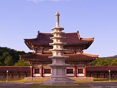 Jongrung Temple (Rita Willaert) Tags: northkorea pyongyang worldculturalheritage noordkorea kingtongmyongsmausoleum pyongyangcity rhyokphodistrict ryongsanri jongrungtemple