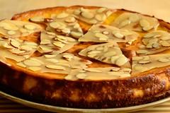 DSC_9906 (DevilDucMike) Tags: food macro closeup pumpkin dessert nikon dof bokeh almond cheesecake almondbrittle d3100 devilducmike