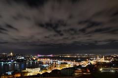 Chilly & Cold (Yavuz Alper) Tags: istanbul kasım karaköy boğaz gece soğuk beyoğlu kızkulesi eminönü üsküdar beşiktaş 2011 yenicamii galatakulesi galataköprüsü rüzgar fırtına d7000