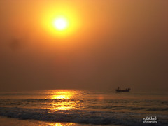 Sun Rise On Puri BeaCh (rabidash*) Tags: india beach nature beautiful sunrise golden fantastic dash orissa rabi puri rabindra rabidash odisha rkdash photocontesttnc12 sunriseonpuribeach rabidashphotography naturearttnc12