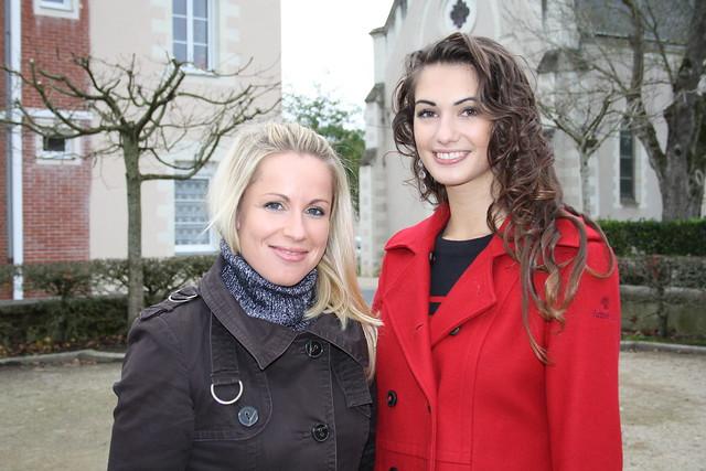 Emilie Ménard, Déléguée Ouest du Comité Miss France, avec Mathilde Couly