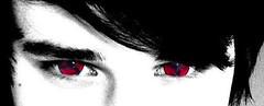 sharingan_kontaktlinsen_foto (6d338326c2bcc80029e3c13306471047) Tags: anime sharingan kontaktlinsen mangekyou