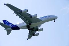 Airbus A380 (So Toulouse - Convention Bureau) Tags: blagnac avion economie 1ervol placeducapitole qelyb25hdxrpcxvl bojjagvyigrligjhbgxvbg