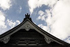 Detail of temple (flaminghead Park) Tags: wood travel roof sky japan horizontal architecture cutout outdoors temple photography tokyo day nopeople copyspace japaneseculture traditionalculture tokyoprefecture colorimage