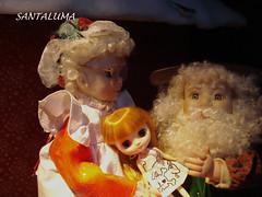 Valentine Marie sendo ninada por Mamãe e Papai Noel!!