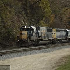 (This Car Excess Height) Tags: urban power nine 9 dash motive csx railroading sd452 sixaxle