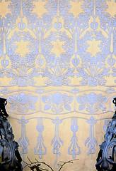 Barcelona - Balmes 081 d 1 (Arnim Schulz) Tags: barcelona espaa building art texture textura wall architecture liberty pared spain arquitectura pattern arte decorative wand kunst edificio catalonia artnouveau gaud architektur catalunya deco mur espagne btiment gebude muster modernismo paret catalua spanien murs modernisme jugendstil deko dekoration decoracin sgraffito outerwall espanya katalonien stilefloreale textur belleepoque baukunst esgrafiado verzierung decorativo sgraffite esgrafiat dekorativ