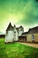 Castle Fraser, Scotland (*:.MaLcOlmLaNg.:*) Tags: christmas camera light sky cloud cold castle art nature gardens clouds forest 35mm garden lens relax amazing nikon arch colours escape estate aberdeenshire angle natural farm air farmland retro aberdeen romantic hood after fraser nikkor epic 2010 hoya dx 18mm kemnay 18200mm 1116 1116mm d7000 mbd11