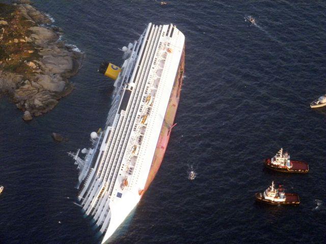 """""""COSTA CONCORDIA"""" crucero zozobrado"""