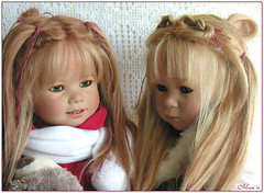 Gretchen and Linchen Himstedt (old picture) (MiriamBJDolls) Tags: doll vinyl 2006 gretchen limitededition linchen annettehimstedt himstedtkinder summerkinder