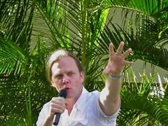 Taylor Mali! (lizochka_65) Tags: hawaii poetry oahu kodak teacher poet writer honolulu author iolani moiliili taylormali slampoet keables z980