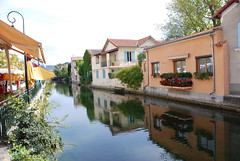 "Isle de la Sorgue, Provence • <a style=""font-size:0.8em;"" href=""http://www.flickr.com/photos/75865141@N03/6814716437/"" target=""_blank"">View on Flickr</a>"