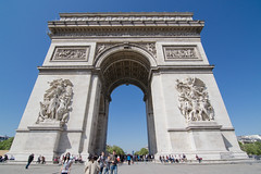 Arc de Triomphe (OliverWeiss13) Tags: city paris france architecture de landscape view angle wide arc triomphe tokina overview 1116