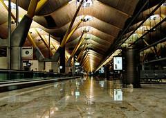 4441294399_cd0c6cb8b2_o (antoniobraza) Tags: madrid aeropuerto t4 barajas terminar